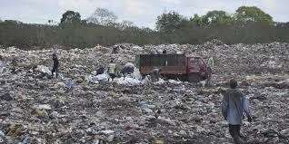 Ven a medio ambiente cómplice del depósito de los desechos en Boca Chica