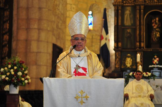 Monseñor Ozoria pide