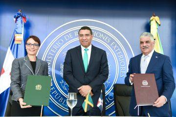 Dominicanos en vista oficial y diplomática no requerirán de visa para viajar a Jamaica