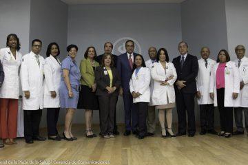 HGPS aporta 12 nuevos médicos especialistas al sistema de salud; suman 177 los egresados