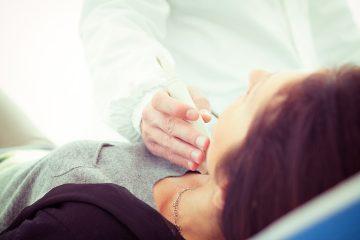 Las mujeres sufren de tiroides en un 96% de los casos más que los hombres