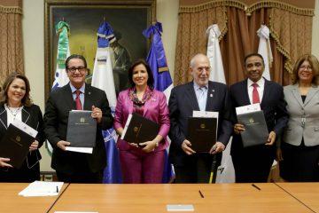 Entidades se unen para mejorar educación dominicana desde la tecnología