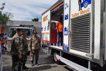 Ministro de Obras Públicas entrega 34 nuevos vehículos al Programa de Protección y Asistencia Vial de la  Comisión Militar y Policial