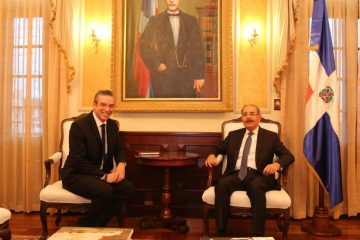 Presidente Danilo Medina recibe a exgobernador de Puerto Rico, Alejandro García Padilla