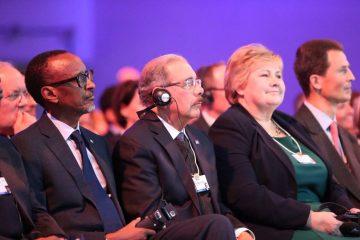 Presidente Medina participa en la primera plenaria en el Foro Económico Mundial