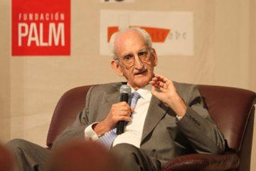 Manuel Salvador Gautier Castillón ganador del Premio Nacional de Literatura 2018