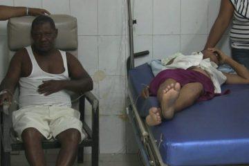 Tres de ocho personas intoxicadas con almuerzo en Azua permanecen internas