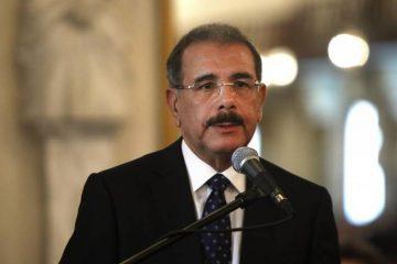 Presidente deroga decreto que designaba a Van Troy Suazo