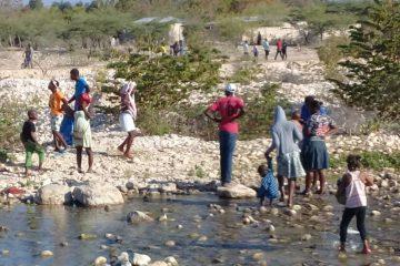 Haitianos abandonan Pedernales