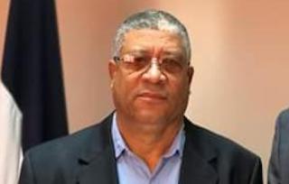 Desconocidos atracan gobernador Hermanas Mirabal