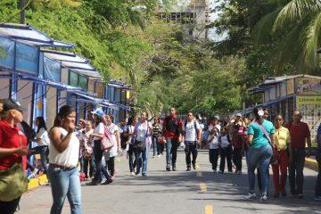 Feria del Libro dedicará calles a 11 escritores en la Plaza de la Cultura