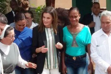 Reina Letizia visita Monte Plata