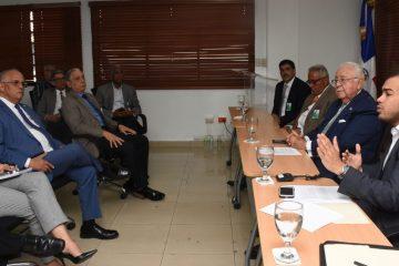 Energía y Minas presenta modelo de contrato para petróleo y gas