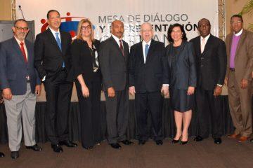 Mesa de Diálogo llama congresistas dotar país Ley de Partidos eficaz, transparente y moderna
