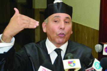 Renuncia abogado de Argenis Contreras