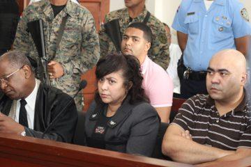 Tribunal aplaza para el 11 de junio inicio juicio preliminar caso Emely Peguero