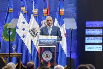 Canciller Miguel Vargas inaugura el Foro de Exportación e Inversión SICA