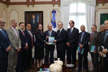 Medina aprueba 664 millones de pesos para rescate del río Yaque del Norte