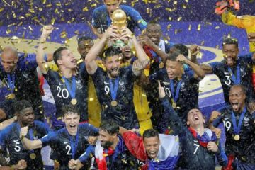 Francia derrota 4-2 a Croacia y se corona por segunda vez