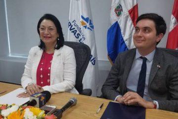 Reservas del País y embajada británica firman acuerdo a favor del sector microempresarial