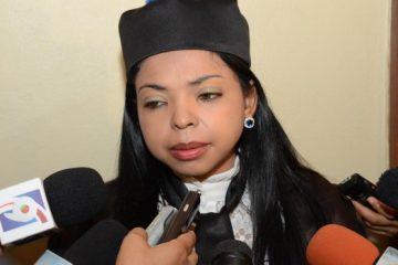 """Yeni Berenice arremete contra imputados que utilizan """"guión de enfermedad"""""""