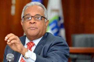 Ministro de Salud pide a los médicos priorizar el diálogo