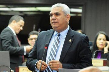 Diputados reiteran hay condiciones para aprobar Ley Partidos; PRSC y PRM dispuestos a votar
