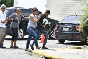 Muere madre de la sargento que se suicidó en Embajada de Estados Unidos
