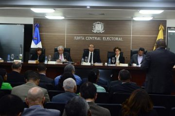 Pleno JCE convoca a delegados de partidos