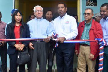 Gobierno abre centro de expendio de alimentos en La Nueva Barquita