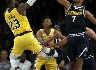 Triple-doble de LeBron guía Lakers a triunfo sobre Denver