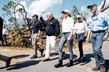 Trump visita áreas azotadas por huracán