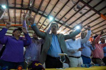 """Leonel dice en abril presentará los 2 millones de firmas """"y no hay marcha atrás"""""""