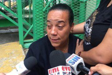 Esposa de empleado PolyPlas dice estar desesperada por desconocer paradero de su cónyuge