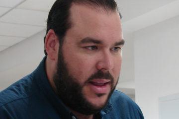 PRD amonesta a Gómez Casanova por reeleccionista