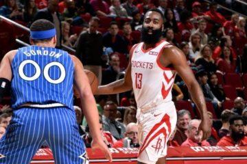 James Harden logra 40 puntos en victoria de los Rockets y amplia racha