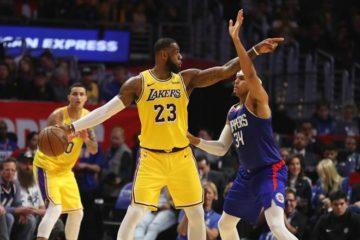 Vuelve LeBron James y Lakers consiguen la victoria ante Clippers
