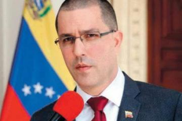 Gobierno venezolano desmiente a RD; asegura tener pruebas de conversaciones con Miguel Vargas