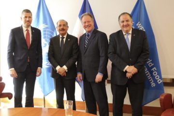 Presidente Medina sostiene encuentro bilateral con director Programa Mundial Alimentos