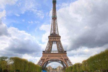 La Torre Eiffel celebra con música, fotos, juegos y teatro su 130 aniversario