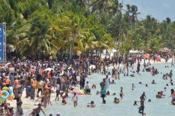 Turismo afirma bañistas resaltan seguridad y limpieza en playas