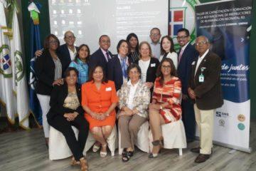 SNS imparte taller sobre reanimación neonatal avanzada