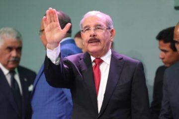 """Presidente Medina anuncia """"en cualquier momento"""" hablará sobre la reelección"""