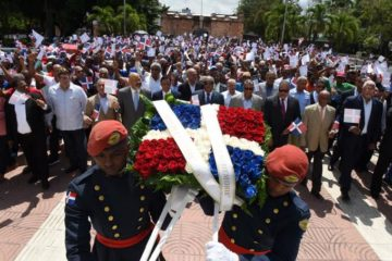 Exmilitares rechazan reforma de la Constitución