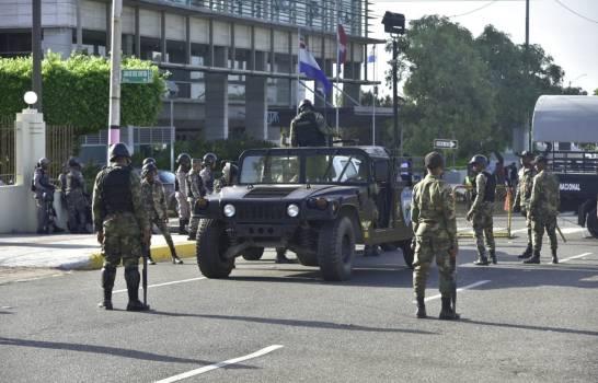 Congreso Nacional amaneció este martes Militarizado