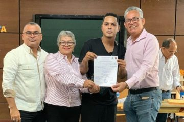 Santiago Matías  anuncia su renuncia a su candidatura a diputado