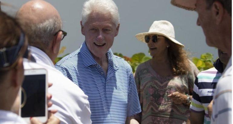 Expresidente Clinton está hospedado en un hotel del litoral de Punta Cana