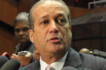 Reinaldo revela que Danilo no ha tomado decisión sobre reforma a Constitución