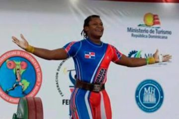 La pesista Crismery Santana establece récord Panamericano