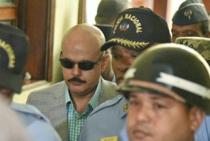 Dictan tres meses de prisión preventiva contra coronel y general acusados de seducir menor